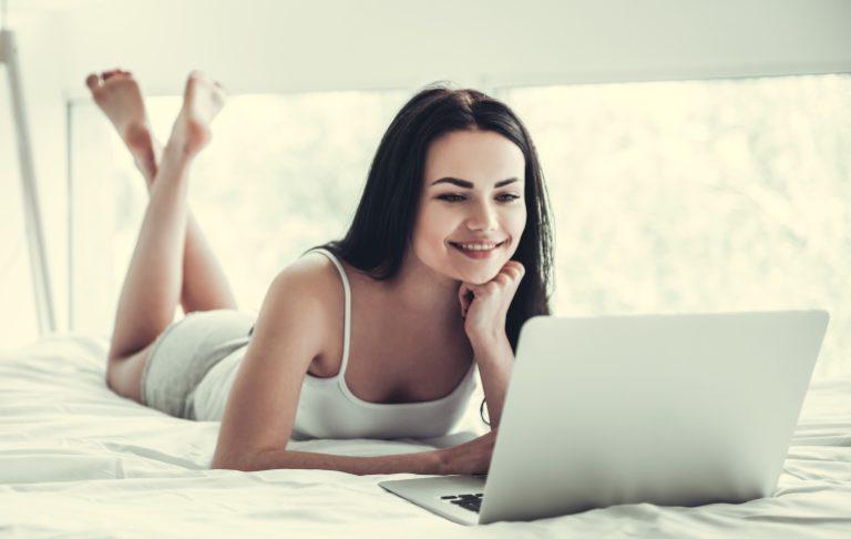 Вебкам модели сайты онлайн питер работа для девушек спб